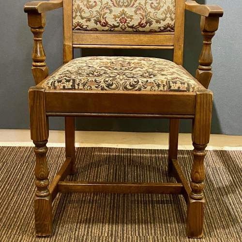 Mid 20th Century Pair of Oak Carver Chairs image-4