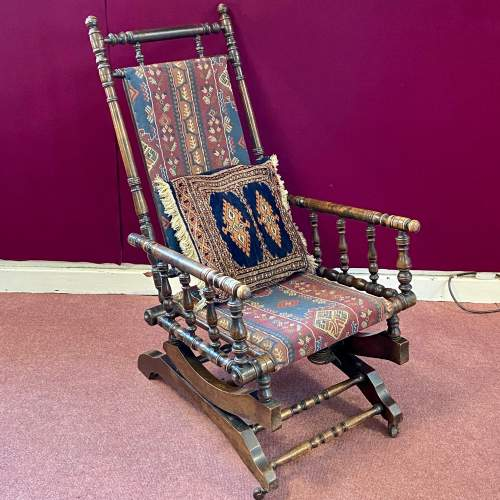 Late 19th Century American Rocking Chair image-1
