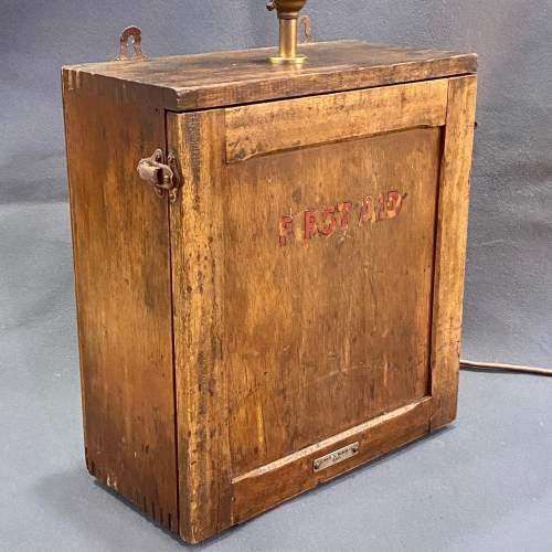 Vintage First Aid Box Lamp image-3