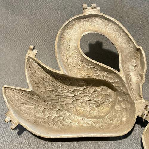 Vintage Pewter Swan Chocolate Mould image-5