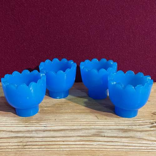 Unusual Wooden Egg Stand with Blue Glass Egg Cups image-4