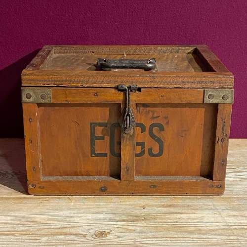 Small Wooden Egg Box image-2