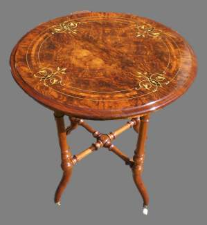 Edwards and Roberts Victorian Burr Walnut Occasional Table