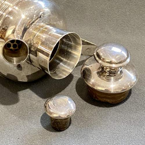 Rare Igene Art Deco Silver Plated Cocktail Shaker image-3
