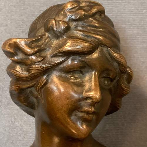 French Art Nouveau Bronze Bust of a Lady image-2