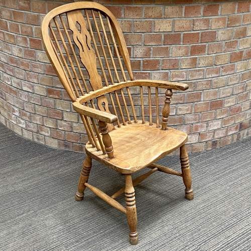 19th Century Elm and Beech Windsor Chair image-1