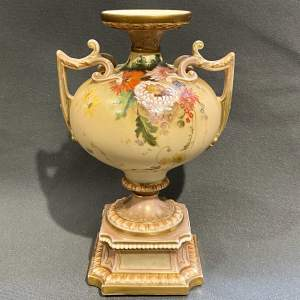 Early 20th Century Large Royal Worcester Urn Vase