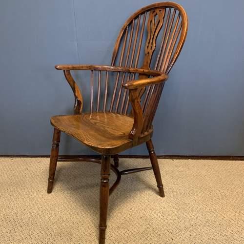 Rare Yew Wood Windsor Chair image-3