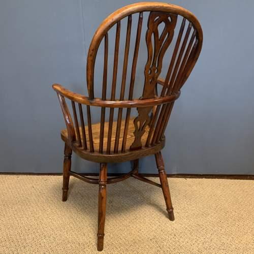 Rare Yew Wood Windsor Chair image-4