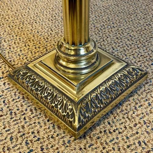 Heavy Brass Corinthian Column Table Lamp image-3