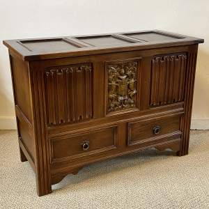 Early 20th Century Oak Storage Chest