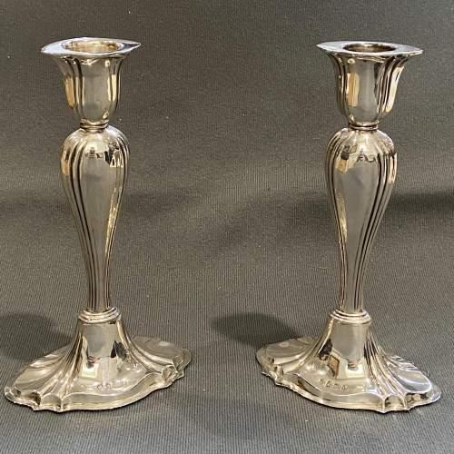Edwardian Pair of Silver Candlesticks image-1