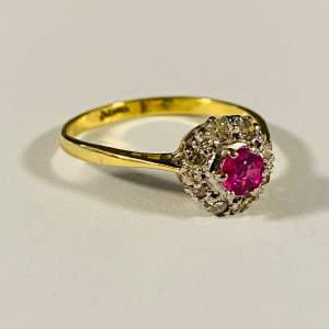 Vintage 18ct Gold Diamond and Ruby Ring