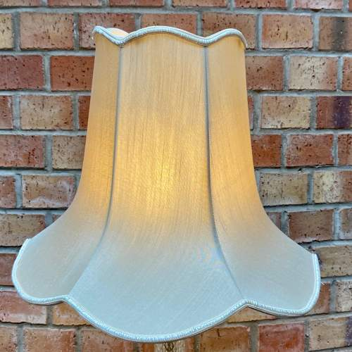 Decorative Gilt Metal and Glass Table Lamp image-5