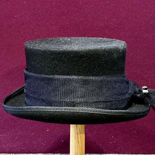 Vintage Ladies Top Hat image-1