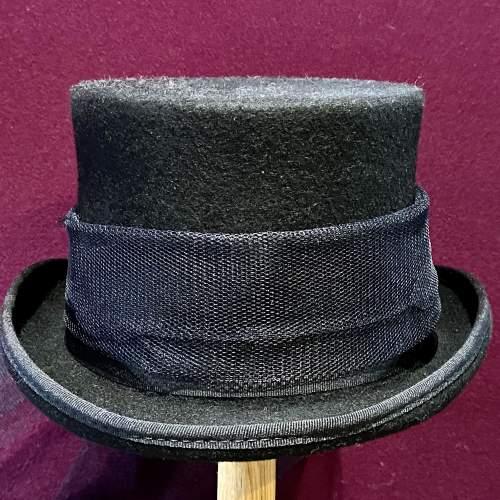 Vintage Ladies Top Hat image-2