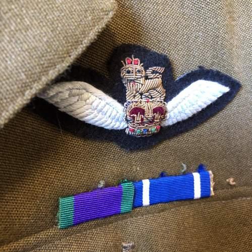 Royal Signals Sergeants Uniform image-3