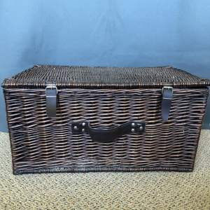 Vintage Willow Picnic Basket