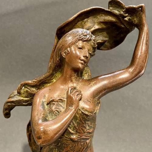 Art Nouveau Bronze Figure of a Lady image-2