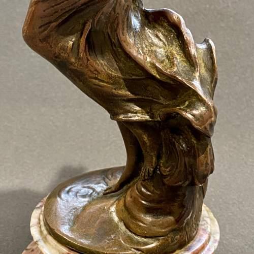 Art Nouveau Bronze Figure of a Lady image-4