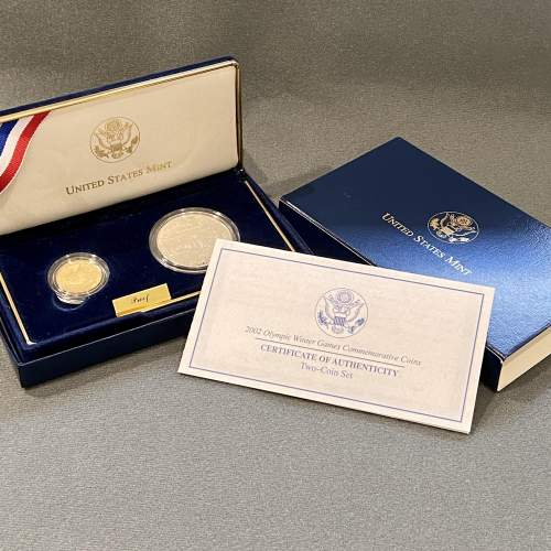 USA 2002 Proof Gold Five Dollar and Silver One Dollar Coin Set image-6