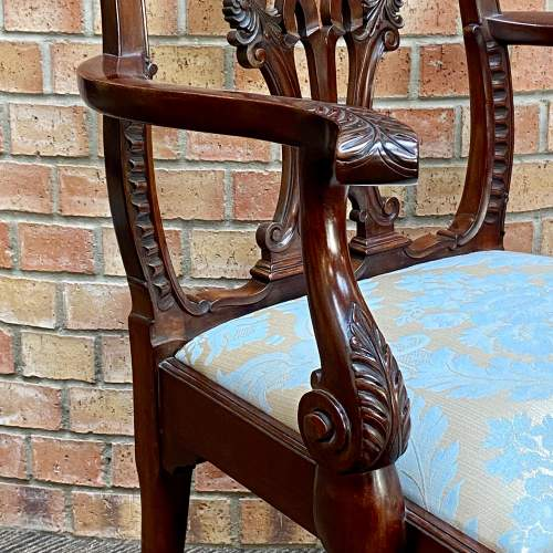 Set of Eight Victorian Mahogany Dining Chairs image-6