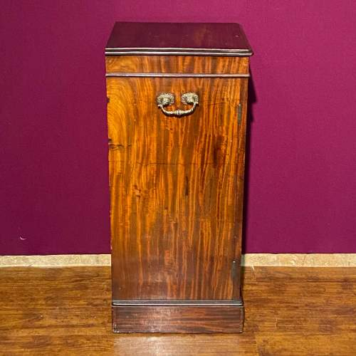 Early Victorian Mahogany Dining Room Cupboard image-3