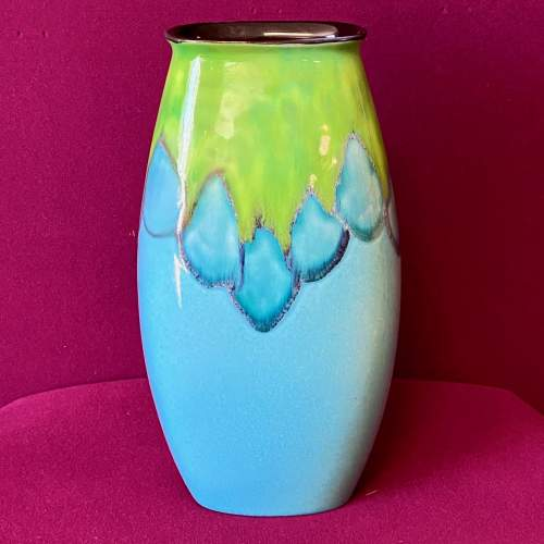 Poole Pottery Tallulah Manhattan Vase image-1