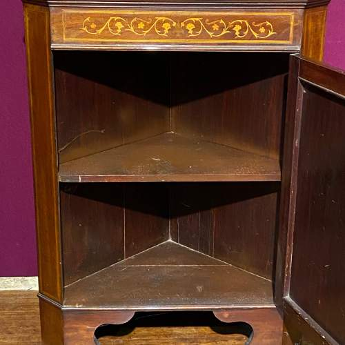 Edwardian Mahogany Inlaid Corner Cabinet image-3
