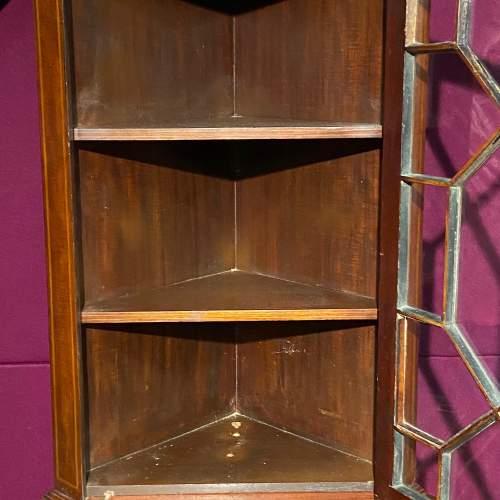 Edwardian Mahogany Inlaid Corner Cabinet image-4