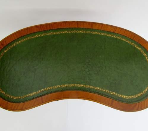 Pretty Edwardian Inlaid Kidney Shaped Ladies Writing Desk image-3