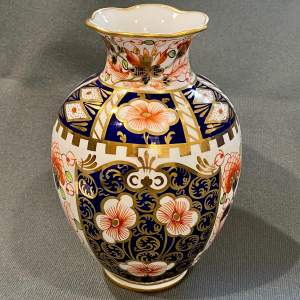 Early 20th Century Royal Crown Derby Vase