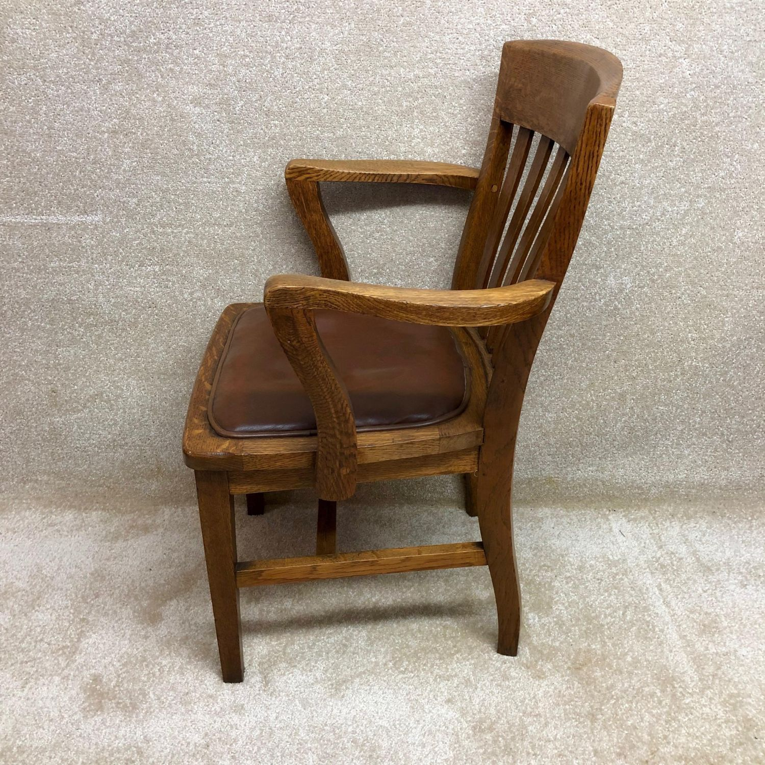1930s Oak Office Chair - Antique Chairs - Hemswell Antique ...
