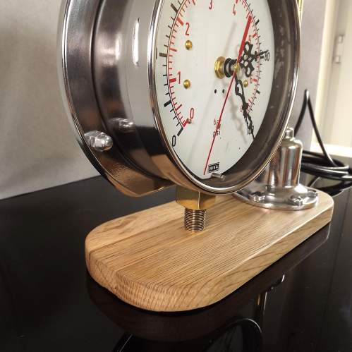 Vintage 1950s Up-cycled Pressure Gauge Clock Conversion Lamp image-3