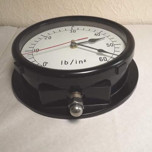 Large Vintage Bakelite Pressure Gauge Wall Clock Conversion image-5