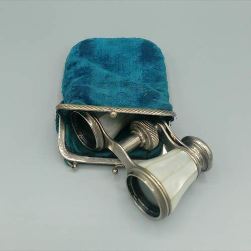 Antique Mother of Pearl Opera Glasses image-4