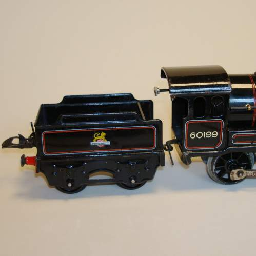 Hornby BR 0-4-0 Locomotive and Tender image-2