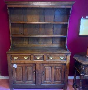 18th Century Oak Welsh Dresser with Plate Rack