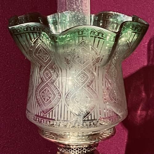 Fine Quality 19th Century Oil Lamp with Corinthian Column Base image-2