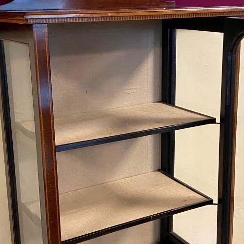 Late 19th Century Sheraton Revival Display Cabinet image-4