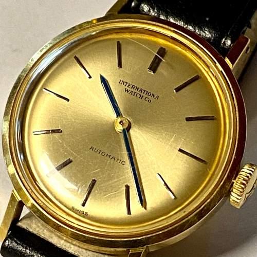 20th Century IWC Ladies 18ct Gold Watch image-2