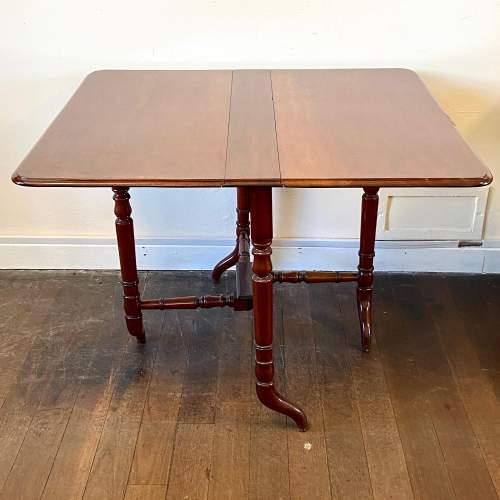 Victorian Mahogany Sutherland Table image-1