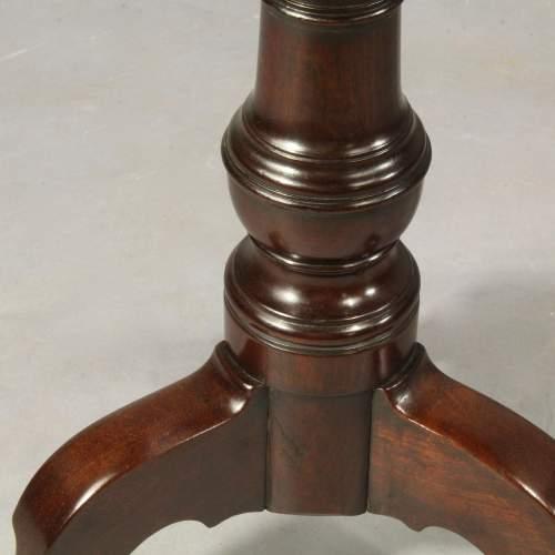 George III Mahogany Dish Top Table image-3