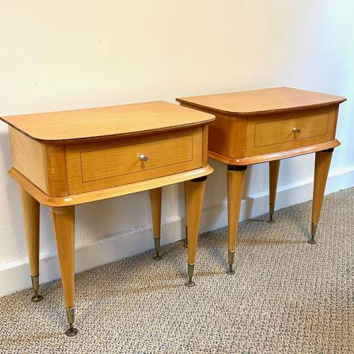 Pair of Mid Century Birds Eye Maple Bedside Cabinets image-2