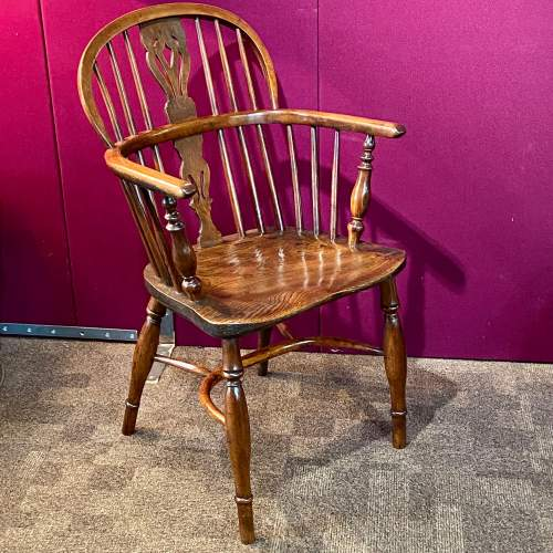 19th Century Yew and Elm Windsor Chair image-1
