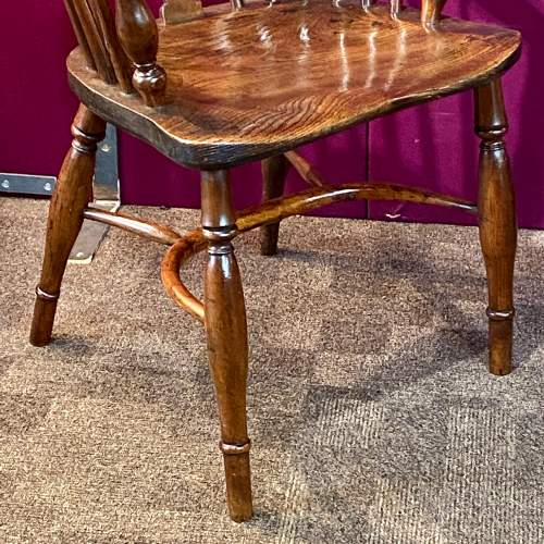 19th Century Yew and Elm Windsor Chair image-2