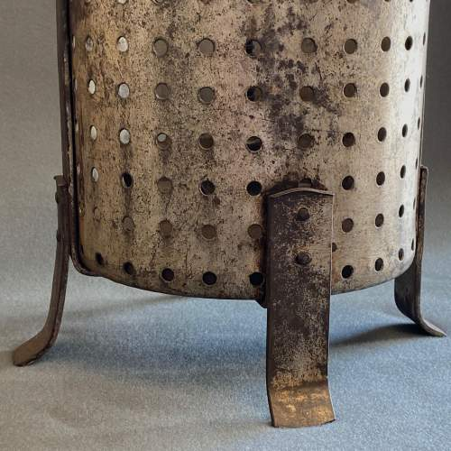 Early 20th Century Galvanised Tin and Cast Iron Fruit Press image-3