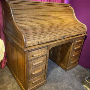 Late 19th Century Oak Roll Top Pedestal Desk