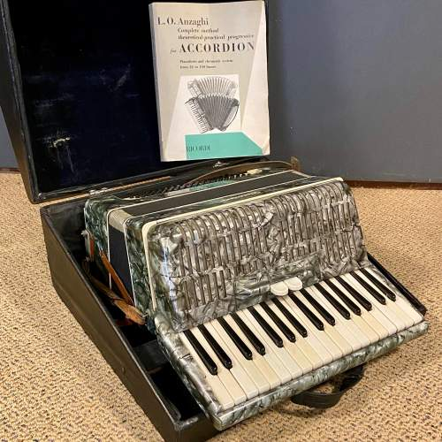 World Master Accordian and Case image-2