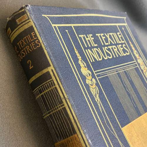 Early 20th Century Eight Volumes of The Textiles Industry image-6